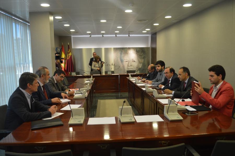 Representantes De La UPCT Y La UMU Entregarán Al Gobierno Regional Y En La Asamblea Propuestas Para Mejorar La Calidad Universitaria